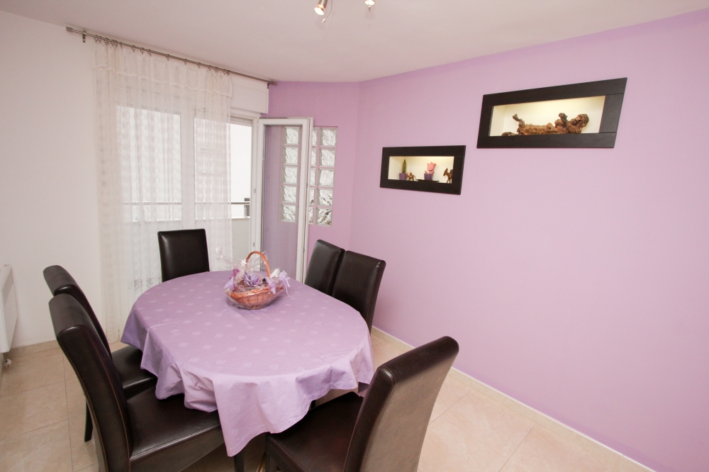 Apartament Tonija